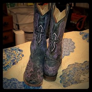Coral cowboy boots